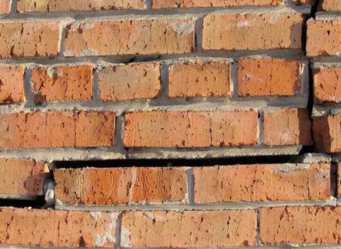 ремонт трещин в кирпичных стенах